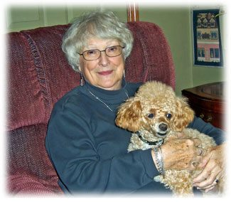 elderly-woman-pet